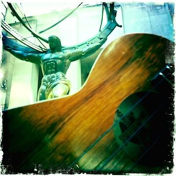 Kamaka ukulele, Rockefeller Plaza, NYC