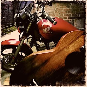 kamaka, kamaka ukulele, jason poole, urban strummer, motorcycle, honda
