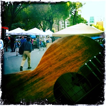 union square farmer's market, nyc, urban strummer, kamaka, ukulele, strummin' in the city