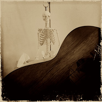 Jason Poole, Accidental Hawaiian Crooner, Kamaka 'ukulele, ukulele, urban strummer, Alexander Technique, Clare Maxwell