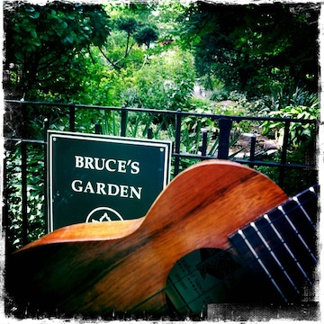 Bruce's Garden, NYC, Inwood, Jason Poole, Accidental Hawaiian Crooner, Strummin' in the City, Urban Strummer, memorial garden, Bruce Reynolds