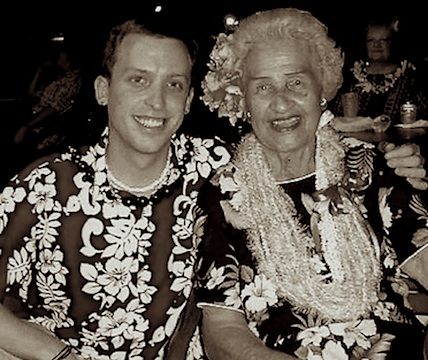 Jason Poole, Accidental Hawaiian Crooner, Genoa Keawe, Aunty Genoa, Auntie Genoa, Croonerʻs Weekly TOP 5, TOP 5, Hawaiian music,