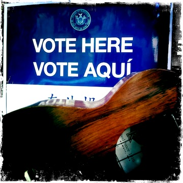 jason poole, accidental hawaiian crooner, urban strummer, strummin' in the city, vote, election, obama, kamaka, kamaka ukulele, ukulele